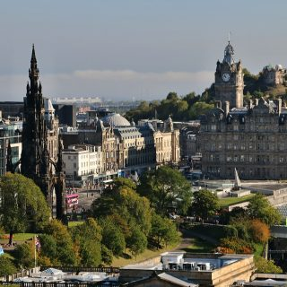 Edinburgh- Compare Flights