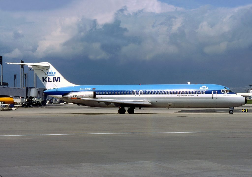 The McDonnell Douglas DC-9 - Compare and Book Cheap Flghts