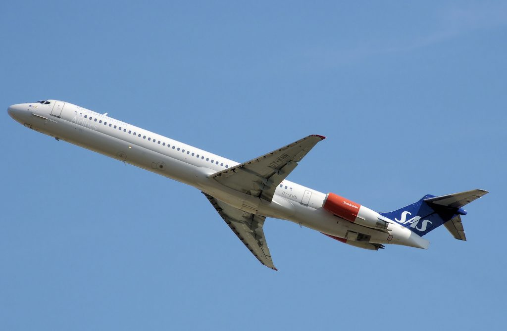 McDonnell Douglas MD-80 - Compare and Book Cheap Flight Deals