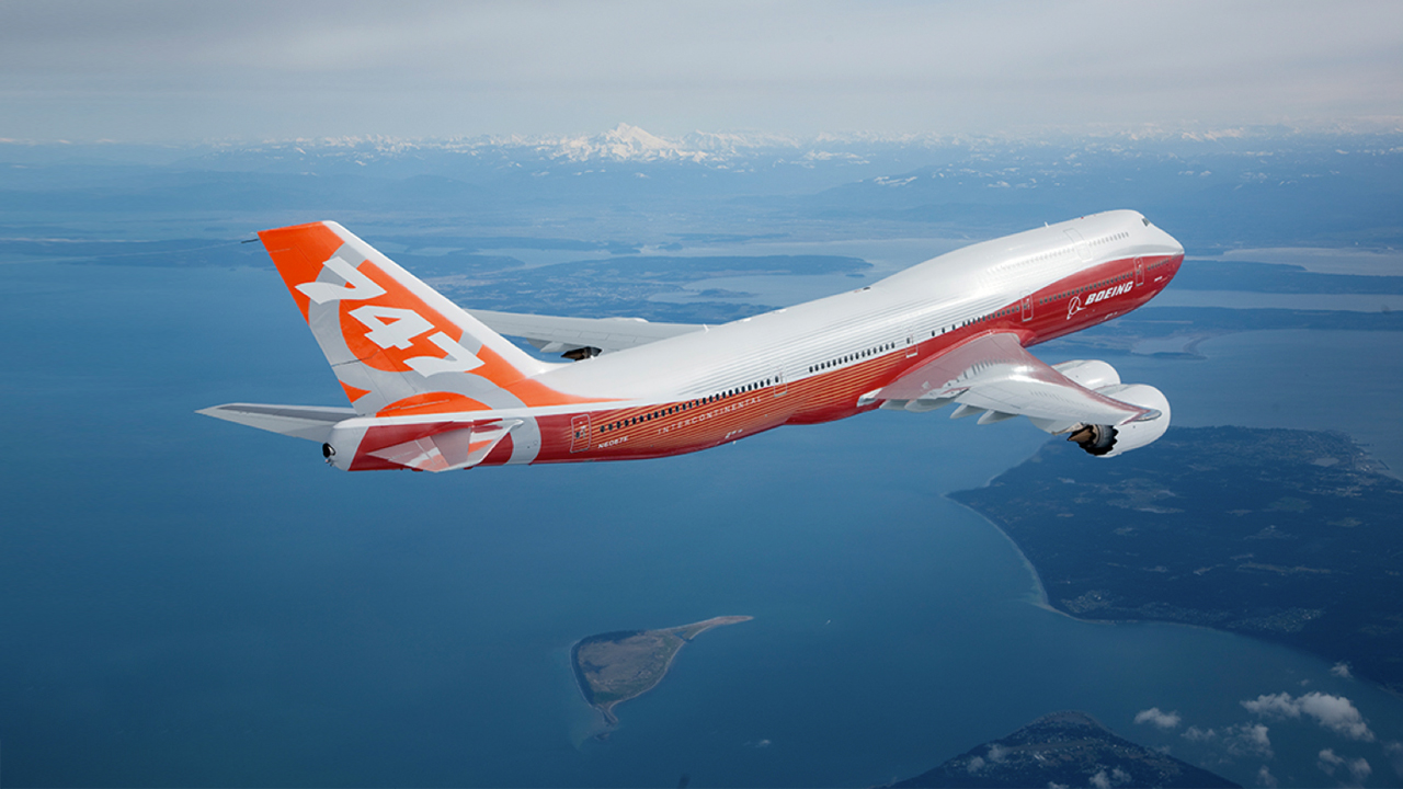 Boeing 747 - Book and Compare Flights