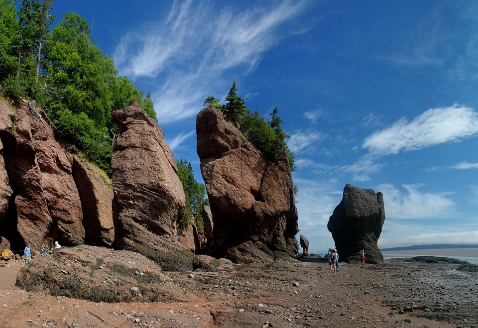 Hopewell Rocks - Book and Compare Airtickets