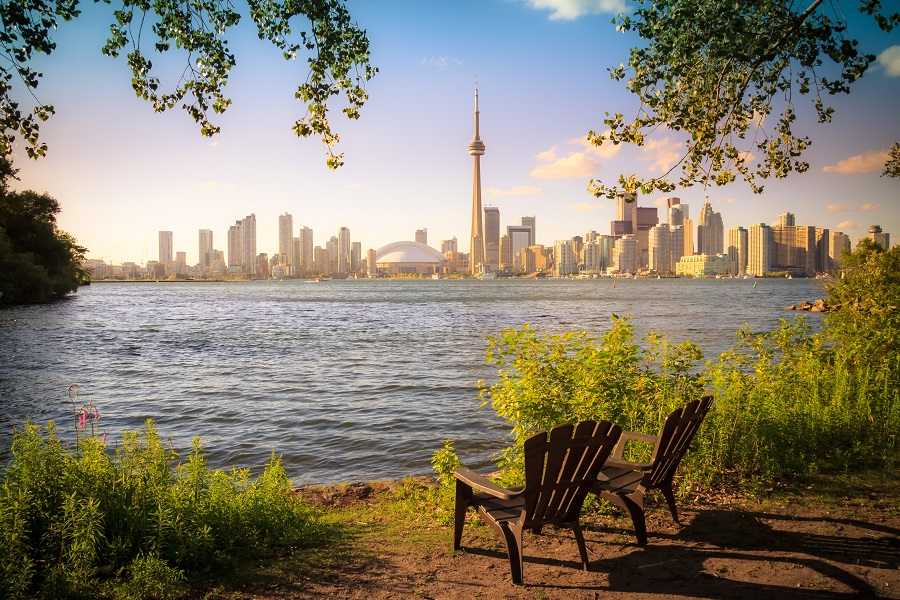 Book Cheap Flights from Kingston to Toronto