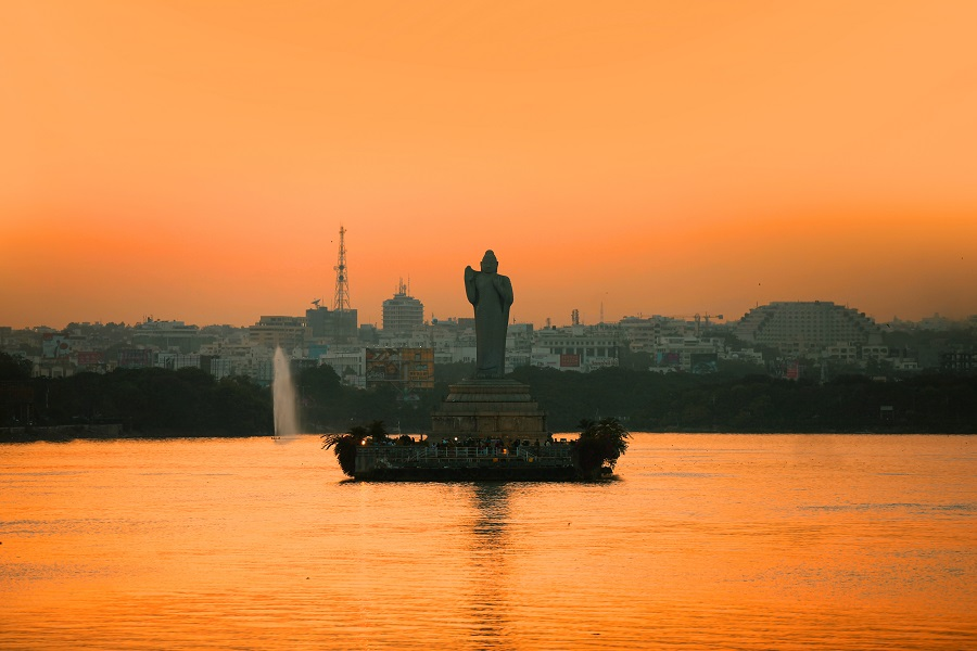 Book Cheap Flight Tickets from Ottawa to Hyderbad starting at $760