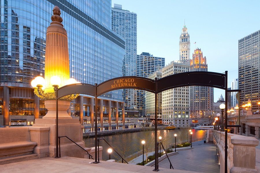 Book Cheap Flights to Chicago