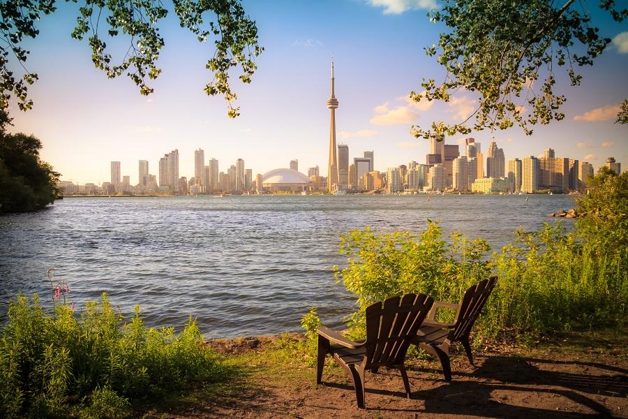 Book Cheap Flight Tickets to Toronto - Farenexus