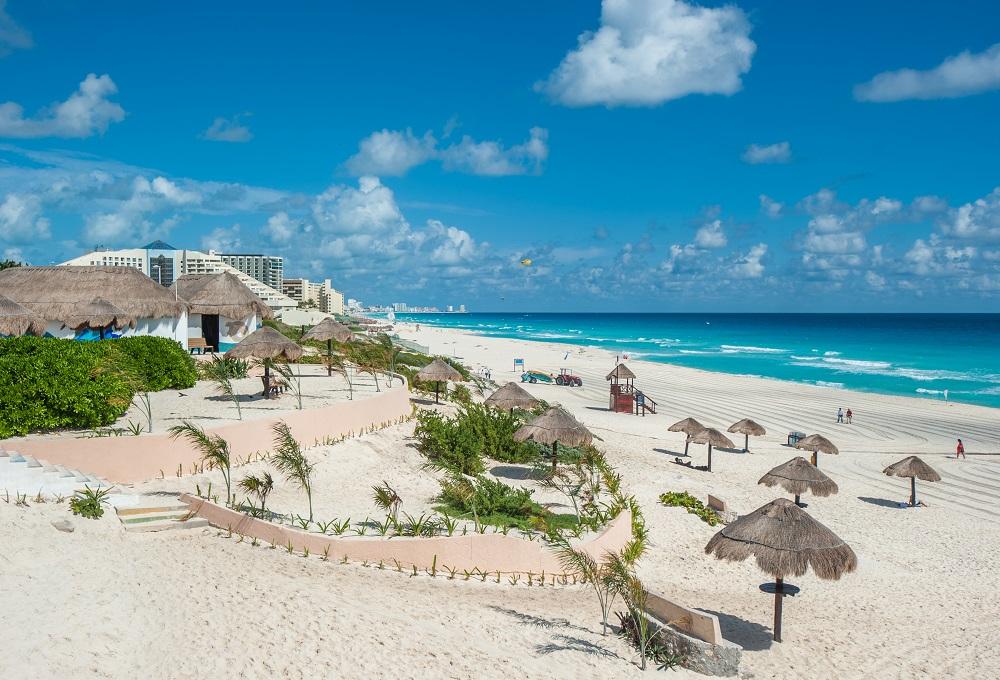 Book Cheap Flight Tickets to Cancun