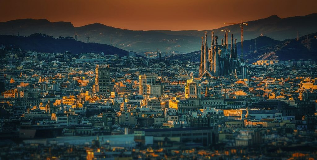 Book Cheap Flights to Barcelona